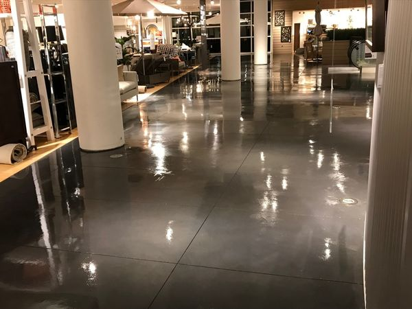 Furniture Store Concrete Cleaning and Refinish (5)