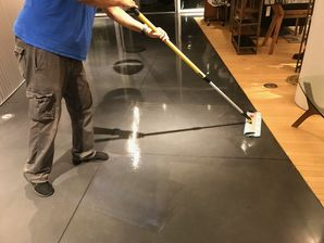 Furniture Store Concrete Cleaning and Refinish (4)